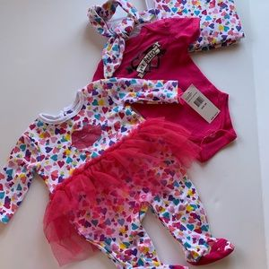 Betsey Johnson Heart 4Piece Baby Girl Gift Set-NWT